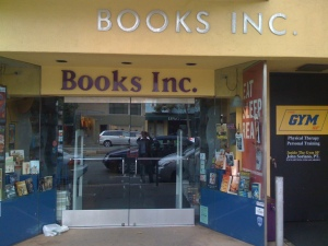 SF's Books Inc.-- A Great Bookstore for a Reading